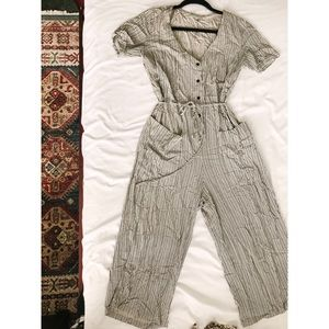 Pants - Back and white striped jumpsuit | Size Small